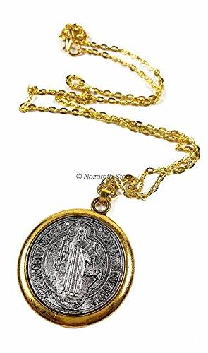 Zoom IMG-2 collana con charm medaglia san