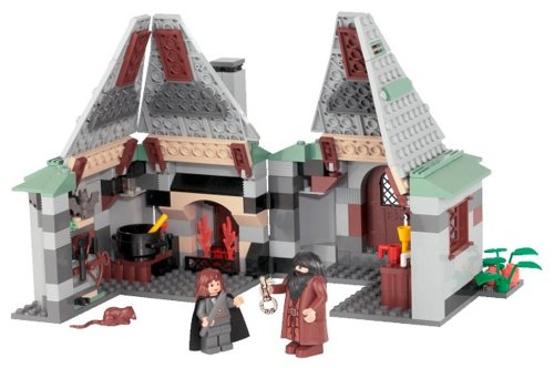 Click for larger image of LEGO Harry Potter 4754: Hagrid's Hut