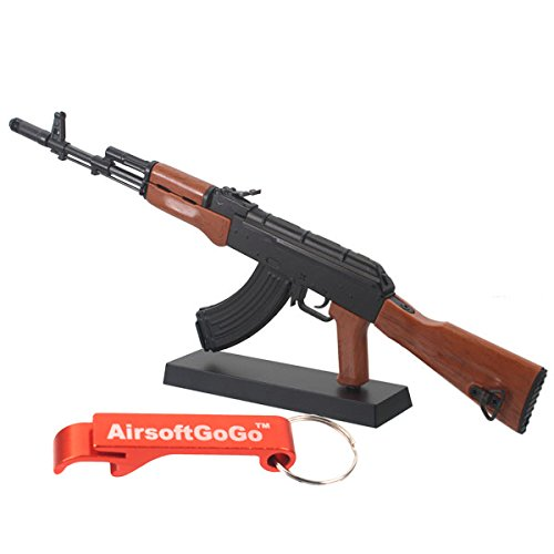 Toy 1:6 Scale Figur Metall Modell AK74 für Anzeige - AirsoftGoGo Schlüsselanhänger Inklusive