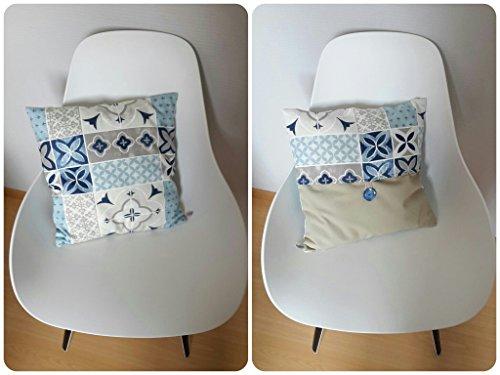 housse-de-coussin-40x40cm-aux-motifs-geometriques-style-carreaux-de-ciment-en-bleu-et-beige