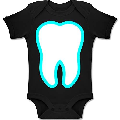 Mann Kostüm Zahn Fee - Shirtracer Karneval und Fasching Baby - Farbiger Zahn - Zahnfee Kostüm - 18-24 Monate - Schwarz - BZ10 - Baby Body Kurzarm Jungen Mädchen