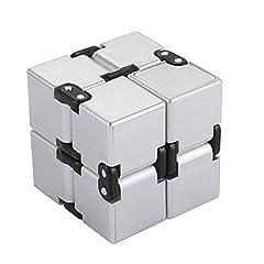 Idea Regalo - EKKONG Fidgeting di edc di novità - Fidget Cube in Stile con Il cubo Infinite Cube Infinity Cube Fidget Cubo Stress Relief e Ansia Giocattolo per Bambini e Adulti (Argento)