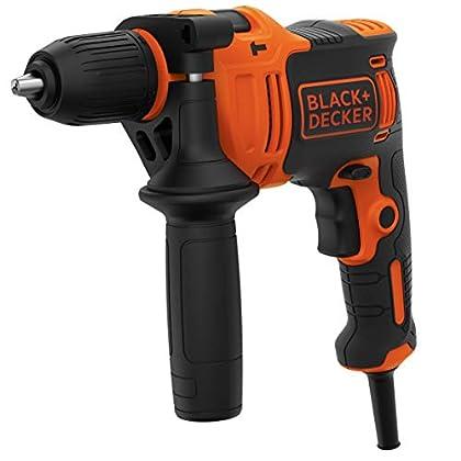 Black+Decker BEH710K-QS Taladro Percutor con cable 710W, portabrocas 13mm, incluye 4 brocas y maletín