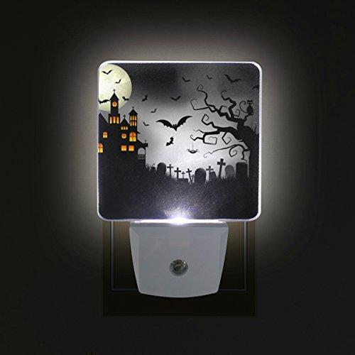 COOSUN Spooky Halloween Hintergrund Plug-in LED-Nachtlicht Selbst-Sensor Smart-Dämmerung bis Dämmerung dekorativer Nacht für Schlafzimmer, Badezimmer, Küche, Flur, Treppen, Flur, Baby Zimmer, Energi