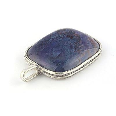 Pendentif rectangulaire de minéral Sugilite de couleur violet serti d'argent 925, 24x20x6 mm env.