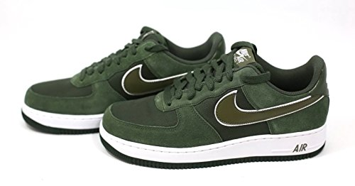 Nike  Air Force 1, espadrilles de basket-ball homme Multicolore - Verde / Blanco (Carbon Green / Medium Olive-Wht)