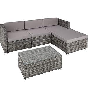 TecTake 800676 Polyrattan Sitzgruppe, 3 Sessel, 1 Hocker, 1 Tisch mit Glasplatte, inkl. Sitz- und Rückenkissen, mit rostfreien Edelstahlschrauben - Diverse Farben - (Grau | Nr. 403070)