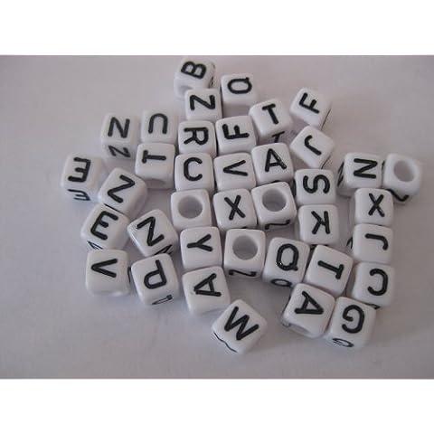 75, in acrilico, con perle a cubo, motivo: lettere dell'alfabeto, 6 mm