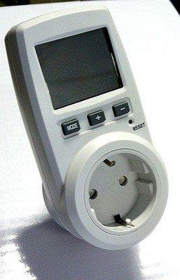 Energiekostenmessgerät ENERGY METER Strommesser FHT-9996G mit TÜV/GS großer Messbereich schon ab 1 Watt - 3680 Watt