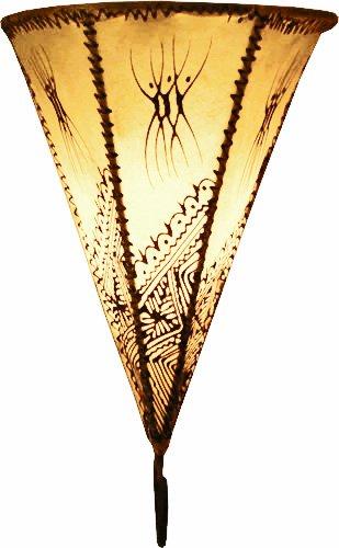 Lampara de pared simple marroquí de henna forma Triángulo color crema 30 cm