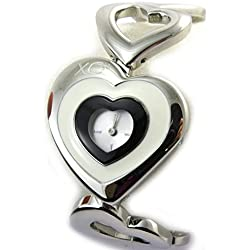 Acero reloj de pulsera para las mujeres 'Love'en blanco y negro.