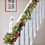 HomeZone Luxus XL Dickes 9ft Luxus Beleuchtet Verziert Christmas Garland mit 50 Warmes Weiß LEDs und Kiefernzapfen oder Beeren und Eicheln Hoch Detaillierte Staffel Dekor Weihnachten