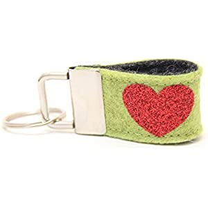 Mini Schlüsselanhänger aus Wollfilz mit Glitzer-Herz hellgrün/ anthrazit