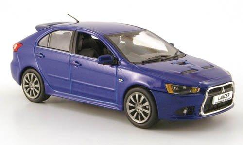 mitsubishi-lancer-sportback-ralliart-met-blau-modellauto-fertigmodell-vitesse-143