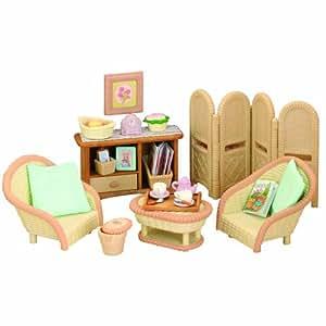 Sylvanian Families Conservatory Living Room Set: Amazon.co ...