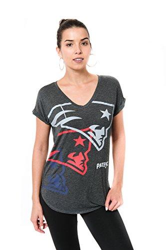 ICER Brands Damen T-Shirt NFL V-Ausschnitt Soft Modal Tee Shirt Team Color, Damen, Jersey T-Shirt Mesh Varsity Stripe Tee Shirt, Team Color, Che, Large (Nfl Patriots Frauen Jersey)