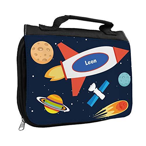 Kulturbeutel mit Namen Leon und Weltraum-Motiv mit Rakete und Planeten für Jungen | Kulturtasche mit Vornamen | Waschtasche für Kinder