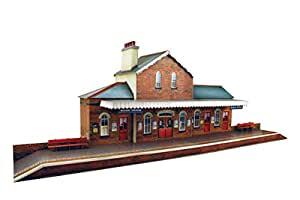 Railway Station Model Making Kit by The CityBuilder 1:43 Scale (7mm) O Gauge
