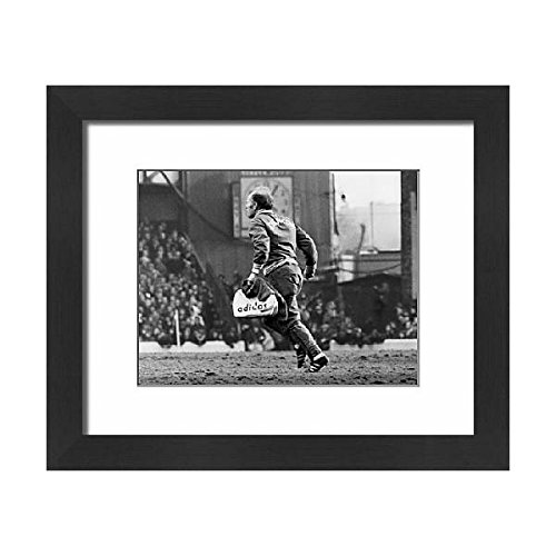 Media Storehouse Framed 10x8 Print of Soccer League Division One Everton v Derby County Goodison Park (12201998)