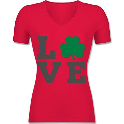 St. Patricks Day - Kleeblatt Love - Tailliertes T-Shirt mit V-Ausschnitt für Frauen Rot