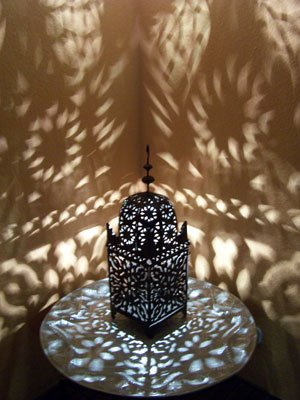 orientalische laterne aus metall schwarz frane 80cm gro marokkanische gartenlaterne f r. Black Bedroom Furniture Sets. Home Design Ideas
