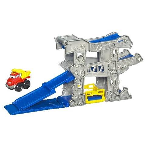 Tonka Chuck Mini Fold N Go - Gas Up Garage