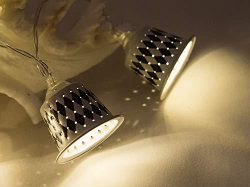 Upcycling Lichterkette weiß/schwarz aus Kaffeekapseln