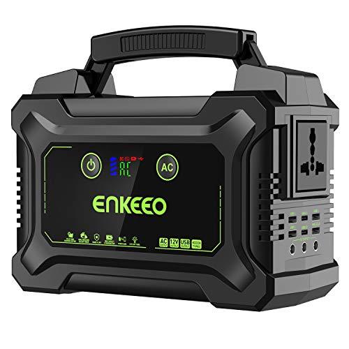 El sistema de energía portátil Enkeeo viene con una batería de litio de 60000 mAh que permite cargar el teléfono móvil 15 veces o tres veces en el portátil. Dispone de 11 puertos de salida para cumplir con sus diferentes requisitos de carga. Se puede...