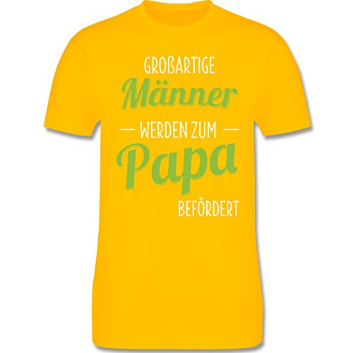 Vatertag - Großartige Männer werden zum Papa befördert - Herren Premium T-Shirt Gelb