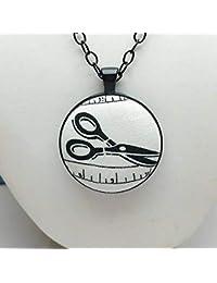 Collar de tijera blanco y negro, colgante de costura, amantes de la costura,