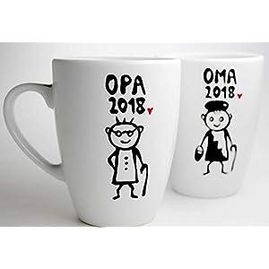 Geschenk Großeltern, Oma und Opa, Tassenset Oma und Opa Tasse mit Jahreszahl, Schwangerschaft verkünden, personalisierbar, handbeschriftet