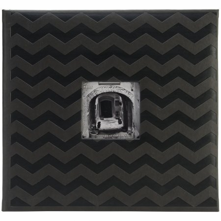 Pioneer mb10emb-64325 Embossed post Bound scrapbook album 12 in. x12 in. - nero chevron by Pioneer photo