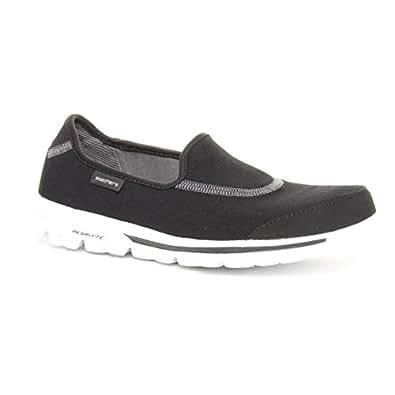 Ladies Skechers go Walk Black/White Size 5
