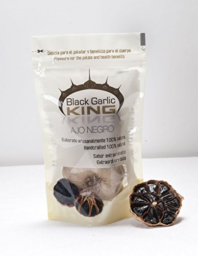 Cabezas de ajo negro enteras