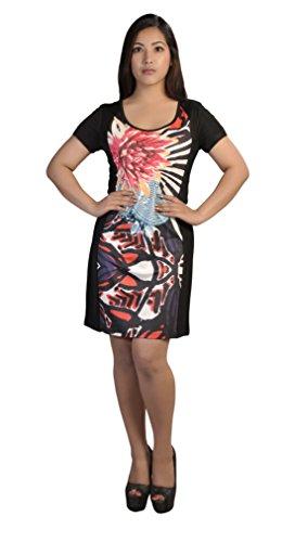 Le donne dal bicchierino-manicotto con il modello multicolore e strass Multicolore