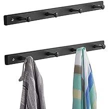 ... Discretos colgadores de ropa con 4 ganchos cada uno – Prácticos percheros de madera para colgar abrigos, chaquetas, pañuelos o toallas – negro mate
