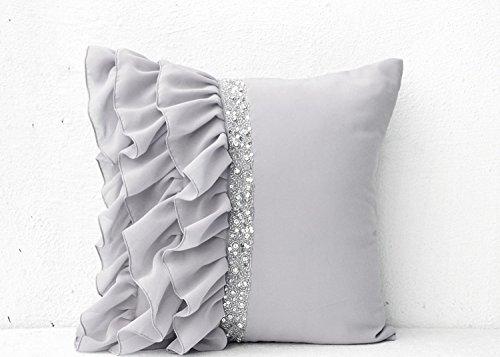 Silber Grau Rüschen Kissenbezug mit Pailletten, mit Hand embroidery- Kissen 45x 45cm in georgette- Dekorative Kissenhülle handmade- grau Kissenbezug in georgette- Couch zur Ein Exquisites Geschenk -