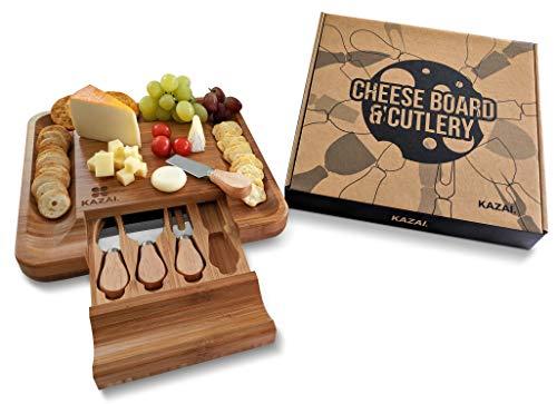 Kazai Große Käseplatte Käsebrett mit 4-TLG. Edelstahl Besteck zum Servieren aus 100% umweltfreundlichen Bambus