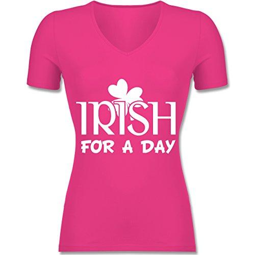 St. Patricks Day - Irish For A Day St Patricks Day - Tailliertes T-Shirt mit V-Ausschnitt für Frauen Fuchsia