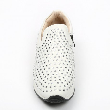 Ideal Shoes - Baskets incrustées de strass Tiana Blanc