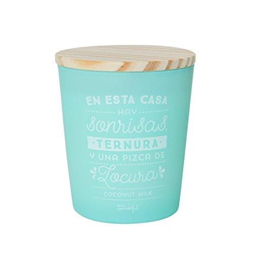 Mr. Wonderful Vela En Esta casa Hay Sonrisas, ternura y una Pizca, Cera, 10.4x10.4x13 cm