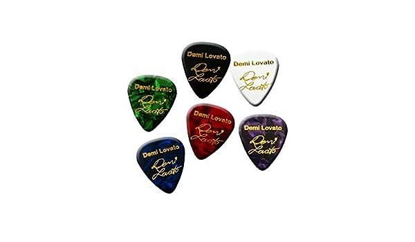 Famous signature print plectrum guitar pick full set 6 picks Demi
