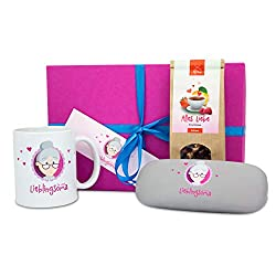 Oma Weihnachtsgeschenk -Oma Geschenk Box Lesestunde groß + GRATIS Karte- Oma Tasse - Oma Brillenetui + Mikrofaser Brillenputztuch Geschenk - Lesezeichen zum Beschriften - Geschenk Oma von MyOma