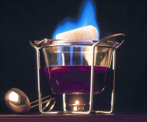 feuerzangenbowlen set Feuerzangenbowle Set 5-teilig aus ofenfestem Glas Ø x H 23 x 26 cm bestehend aus 1 x Glasschale, 1 x Stövchen, 1 x Schöpfkelle,1 x Feuerzange, 1 x Edelstahldeckel