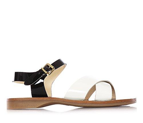 FLORENS - Sandalo color panna e nero in vernice, con chiusura con fibbia, sottopiede in cuoio e suola in gomma, Bambina, Ragazza-33