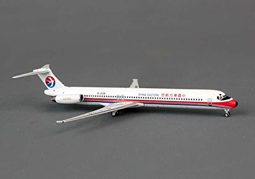 ph4ces1070-phoenix-china-eastern-md-82-model-airplane