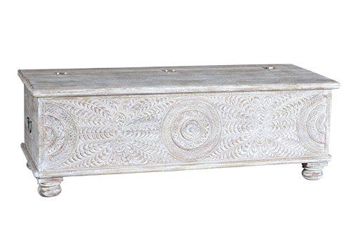 Baúl Fabricado en Madera de Mango,Tallado a Mano.Medidas 55x152x62