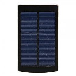 Technische Daten: Solar Panel: 1.5W Betriebsspannung: 5V ± 5% Kapazität : 10000mAh Eingangsspannung (V): 5V-1000mA Ausgangsspannung (V): DC 5V, 1000 ~ 2100mA Ladezeiten: 10-25 Stunden durch Licht(abhängig von der Lichtintensität), 4-6 Stunden durch U...