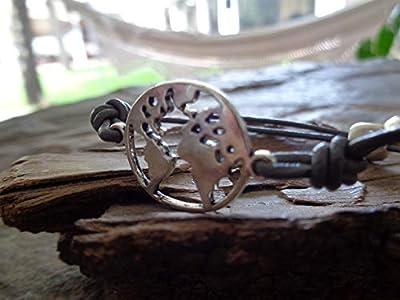? BRACELET GLOBETROTTER & GREY CUIR ? Bracelet unisexe Globetrotter, ajustable par un curseur coulissant avec globe