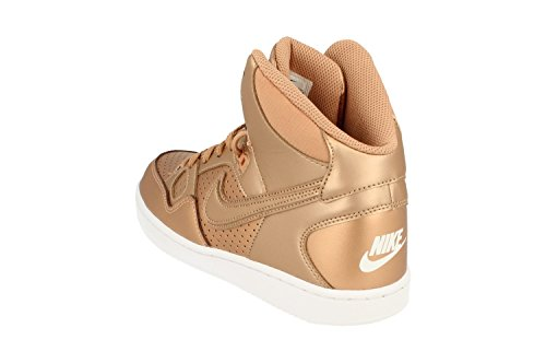 Nike , Baskets pour femme Or